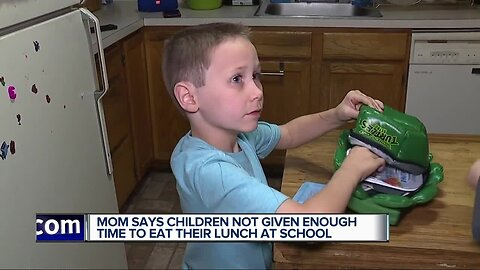 Moms say children not given enough time to eat their lunch at school