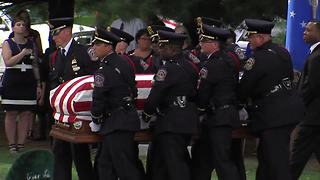 Bagpipes honor Lt. Aaron Allan on the way to his final resting place - Video