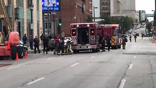 Window washer shot, wounded outside Milwaukee Journal Sentinel building - more - Video