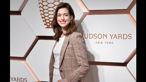 Anne Hathaway: Motherhood is more than a challenge