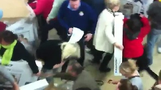 Black Friday shoppers fight over cheap TVs - Video