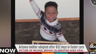 Little boy's adoption celebration is heartwarming - Video