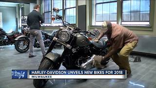 Harley-Davidson unveils 2018 bike models - Video