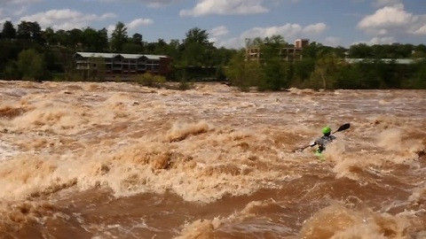 Insane kayaking on flooded James River