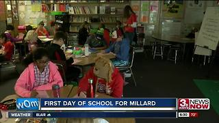 Millard eighth graders get laptops - Video