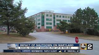 Government shutdown: Social Security Administration workers work day and paycheck uncertain - Video