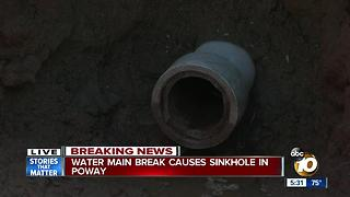 Water main break causes sinkhole in Poway - Video