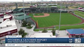 Pitchers and catchers report to Spring Training