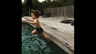 Little kid falls into pool in epic slow motion  - Video