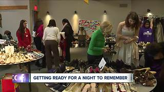 Teens with terminal illnesses getting ready for a prom night to remember - Video