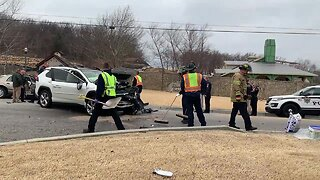 TPD: Pursuit ends in wreck near 84th, Sheridan