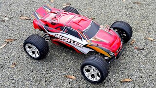 Traxxas Rustler 2-WD 1/10 Scale RC Truck Review