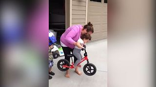 Toddler Wont Let It Go - Video