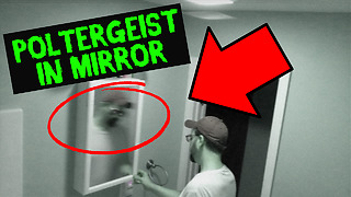 Security camera captures poltergeist in mirror - Video