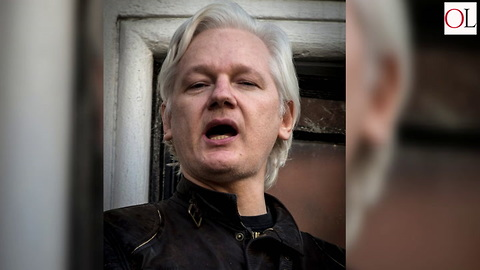 Ecuador Suspends Julian Assange's Internet Access
