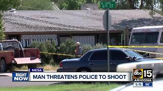 Mesa police shoot man after he's found in Phoenix backyard with gun - Video
