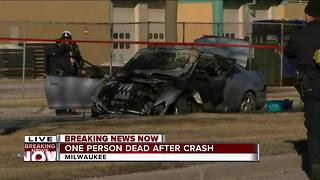 One dead after fiery crash on Milwaukee's north side - Video