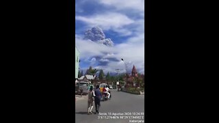 Mount Sinabung erupts in Indonesia, sends ash 5 km into the air