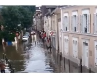 Flash Floods Hit Savigny-sur-Orge in Northern France - Video