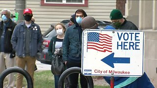 Milwaukee voters risk being exposed to coronavirus to cast their ballots