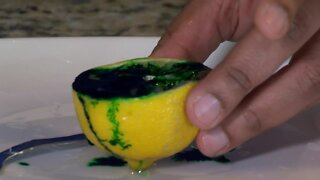 Experiments with Elissia: Making a lemon volcano