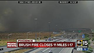 Brush fire closes 11 miles of I-17 - Video