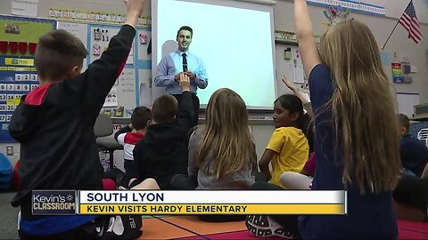 Kevin visits Hardy Elementary in South Lyon