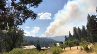 Timelapse Shows Smoke Billowing From Northern California Wildfire - Video