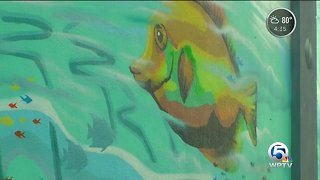 New mural changing conversation in Riviera Beach - Video