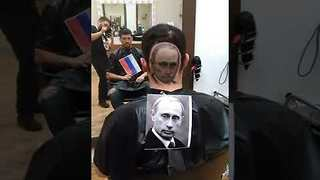Talented Barber Shaves Lifelike Image of Putin Into Customer's Hair - Video