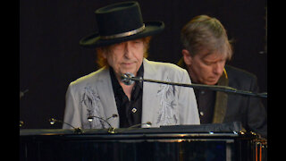 Bob Dylan sells entire catalogue of songs to Universal Music