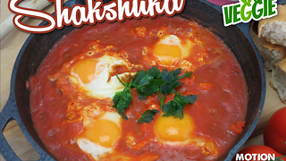 Exotic recipes: Shakshuka in a pan - Video