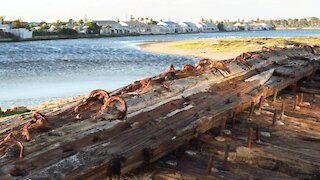 SOUTH AFRICA - Cape Town - Commodore II shipwreck (Video) (nPb)