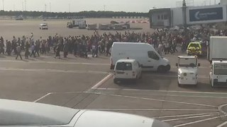 Manchester Airport Terminal Evacuated 'Suspicious Package' - Video