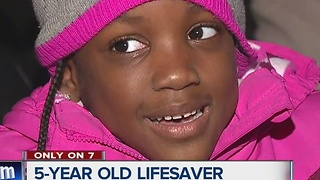 5-year-old girl saves mother's life by calling 911 during seizure - Video