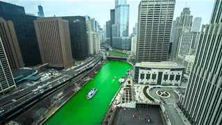 Video Captures the Chicago River as it Turns Green for St. Patrick's Day - Video