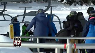 Northern Michigan ski resorts booming with business - Video