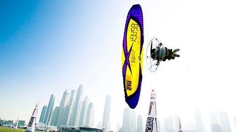 Paramotor Pilots Perform Incredible Stunts Across the Dubai Skyline