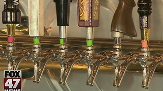 Beer Grotto closing it's doors in Lansing - Video