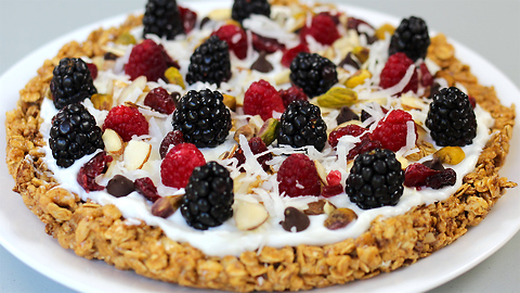 Granola breakfast pizza recipe