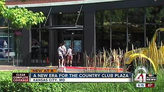 Nike opens store in Country Club Plaza, new strategy to get more customers - Video
