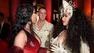 Cardi B Nicki Minaj Feud Official OVER! Find Out How! - Video
