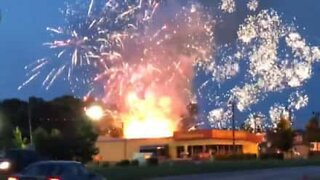 Fireworks store catches fire on 4th of July