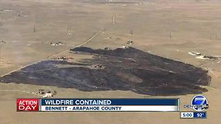 Arapahoe County grass fire comes dangerously close to homes - Video