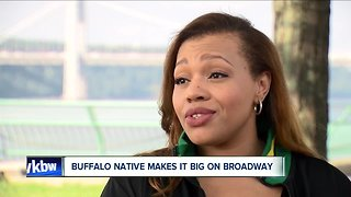Buffalo native performs with Bette Midler, Vanessa Williams