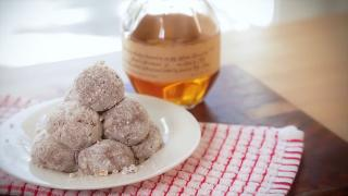 Kentucky Derby Bourbon Balls - Video