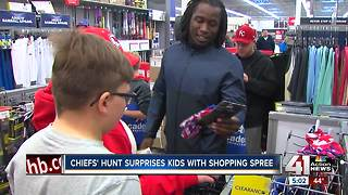 Chiefs player takes young athletes shopping - Video