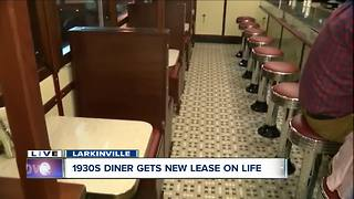 Serving up classics with a new twist at the Swan Street Diner - Video
