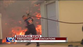 40 homes evacuated after wildfire in Port St. Lucie - Video