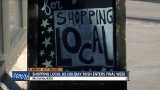 Last minute shoppers target local stores for gifts - Video